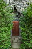 Tür in Dripstone-Wand Wallenstein-Palast Stockfoto