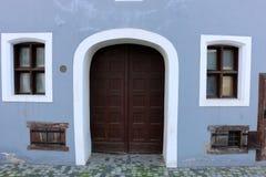 Tür - ein Loch in der Wand Lizenzfreie Stockfotos