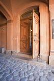 Tür in einem Kommunikationsrechner einer historischen Stadt Turku Stockfotografie