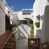 Tür-Haus-Flitterwochen Santorini Romantc Stockbild