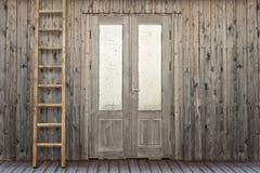 Tür mit eisigem Fenster des Plankenhauses Lizenzfreies Stockfoto