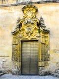 Tür nach Mezquita von Cordoba in Andalusien, Spanien Stockfoto