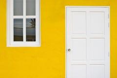Tür und Fenster Stockfotos