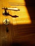 Tür und Griff mit Schlüssel Stockbild
