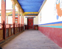 Tür und Korridor Stockbild