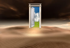 Tür zu einer anderen Welt Lizenzfreies Stockfoto