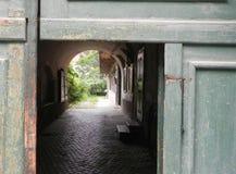 Tür zu einer anderen Welt Stockfotos
