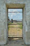 Tür zum alten Gefängnis Lizenzfreies Stockbild