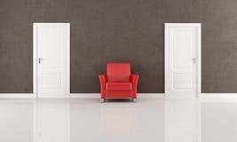 Tür zwei und roter Lehnsessel Lizenzfreies Stockfoto