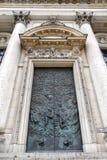 Türen in Berlin-Kathedrale, Deutschland Stockfoto