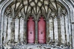 Türen der Winchester-Kathedrale Stockfoto