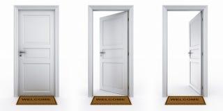 Türen mit willkommener Matte Lizenzfreies Stockfoto