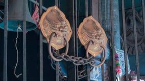 Türgriffdekorationsdetail des alten Metalleisens Lizenzfreie Stockbilder