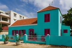 Türkis-Gebäude in Bonaire Stockbilder