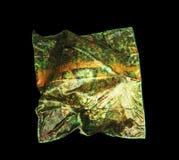 Türkische orientalische schöne Schals mit Bildern der natürlichen Seide auf einem schwarzen Hintergrund Stockfotografie