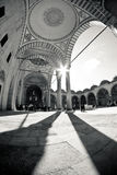 Türkische Schwarzweiss-Moschee Lizenzfreie Stockfotos