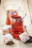 Türkischer Tee und orientalische Bonbons Lizenzfreie Stockfotos