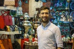 Türkischer Verkäuferspeicherbasarmarkt-Istanbul-Truthahn lizenzfreies stockfoto