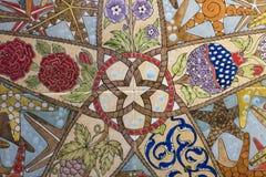 Türkisches Muster auf einer keramischen Wand in Istanbul, die Türkei lizenzfreie stockfotos