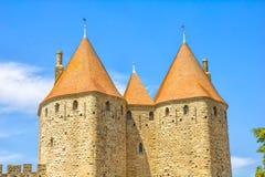 Türme in der mittelalterlichen Stadt von Carcassonne Stockfoto