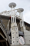 Türme des Stadions von Ajax nahe Amsterdam Stockfotos