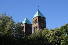 Türme einer Kirche lizenzfreies stockbild
