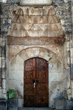 Türportal des alten Minaretts in Krim Lizenzfreie Stockfotografie