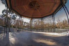 Türspionsansicht 180 des Konzertsaals des Retiro-Parks in Madr Stockbild