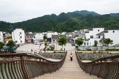 Tęcza most widok od Odaiba wyspy, Tokio, Japonia Fotografia Stock