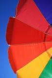 tęcza plażowy parasol Obraz Royalty Free