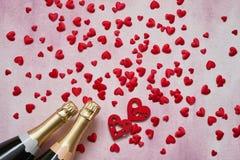 tła błękitny pudełka pojęcia konceptualny dzień prezenta serce odizolowywająca biżuterii listu życia dutki czerwień kształtował s fotografia stock