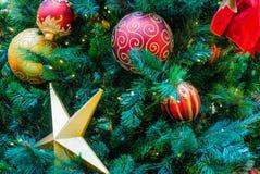 tła bożych narodzeń dekoracj odosobniony drzewny biel Obrazy Stock