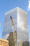 tła budynków obłoczny żurawi niebo Obraz Stock