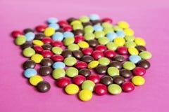 tła cukierku czekoladowego nacięcia odosobniony biel Obraz Royalty Free