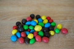 tła cukierku czekoladowego nacięcia odosobniony biel Obrazy Royalty Free