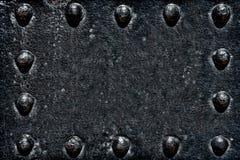 tła czarny grunge metalu starzy półkowi nity Zdjęcia Stock
