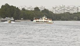 tła czarny ikon linie świecąca setu transportu wektoru woda Obraz Royalty Free