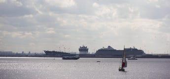 tła czarny ikon linie świecąca setu transportu wektoru woda Zdjęcie Stock