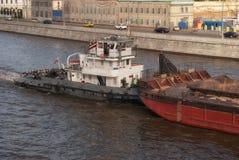 tła czarny ikon linie świecąca setu transportu wektoru woda Rzecznej łodzi holowniczy przebojowiec w kanałach Mosc Fotografia Stock