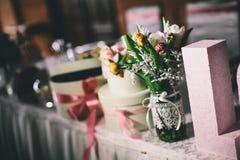 tła dekoraci szczegółu eleganci kwiatu zaproszenia faborku ślub Obraz Royalty Free