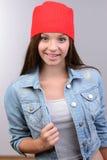 tła dziewczyna nad krótkopędu pracownianym nastolatka biel Obrazy Stock