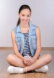 tła dziewczyna nad krótkopędu pracownianym nastolatka biel Zdjęcie Royalty Free