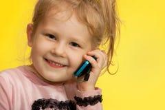 tła dziewczyny mały kolor żółty Zdjęcia Royalty Free