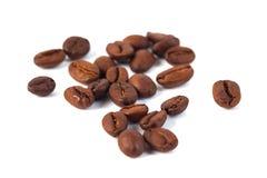 tła fasoli kawa odizolowywający piec cienia biel Trzy kawa obrazy stock