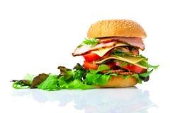 tła hamburgeru odosobniony biel Obrazy Royalty Free