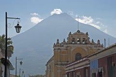 tła kościół wulkan Zdjęcie Royalty Free