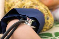 tła krwionośny pomiaru naciska biel Fotografia Royalty Free