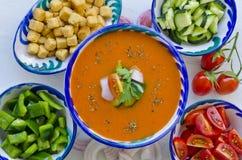 tła kuchni ostrości pomarańcz paella czerwoni ryżowi selekcyjni spanish wine gazpacho zdjęcia stock