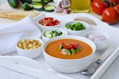 tła kuchni ostrości pomarańcz paella czerwoni ryżowi selekcyjni spanish wine gazpacho obrazy royalty free