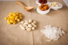 tła kukurydzanych płatków karmowych zdrowie makro- pracowniany biel Obrazy Stock